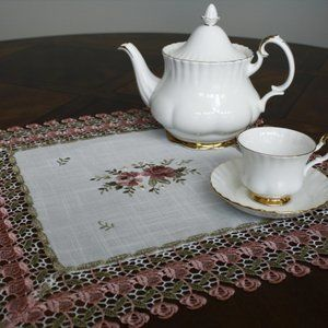 NEW Doily SHABBY CHIC ROSE LACE Square Table Mat